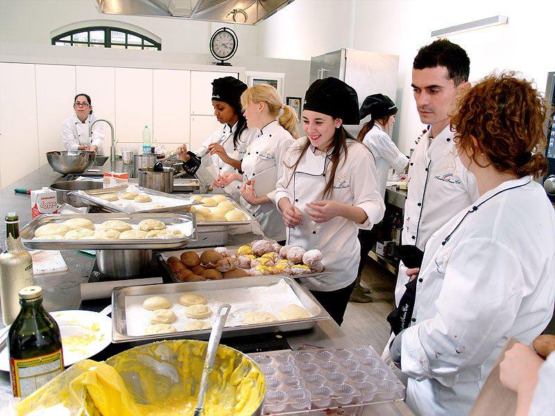 Scuola di cucina progetto leonardo da vinci in accademia - Scuola di cucina bologna ...