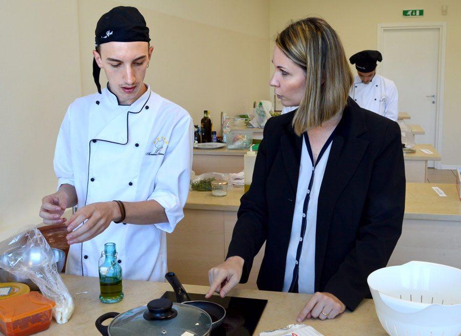 Scuola di cucina 30 luglio 2016 nuovo esame e nuove - Scuola cucina bologna ...